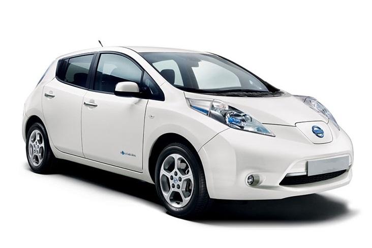 Nissan Leaf white.jpg